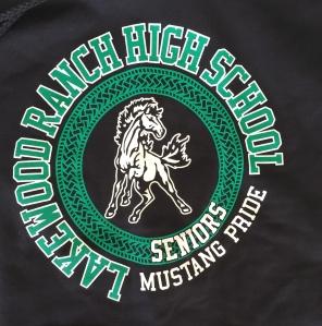 sweatshirt-logo