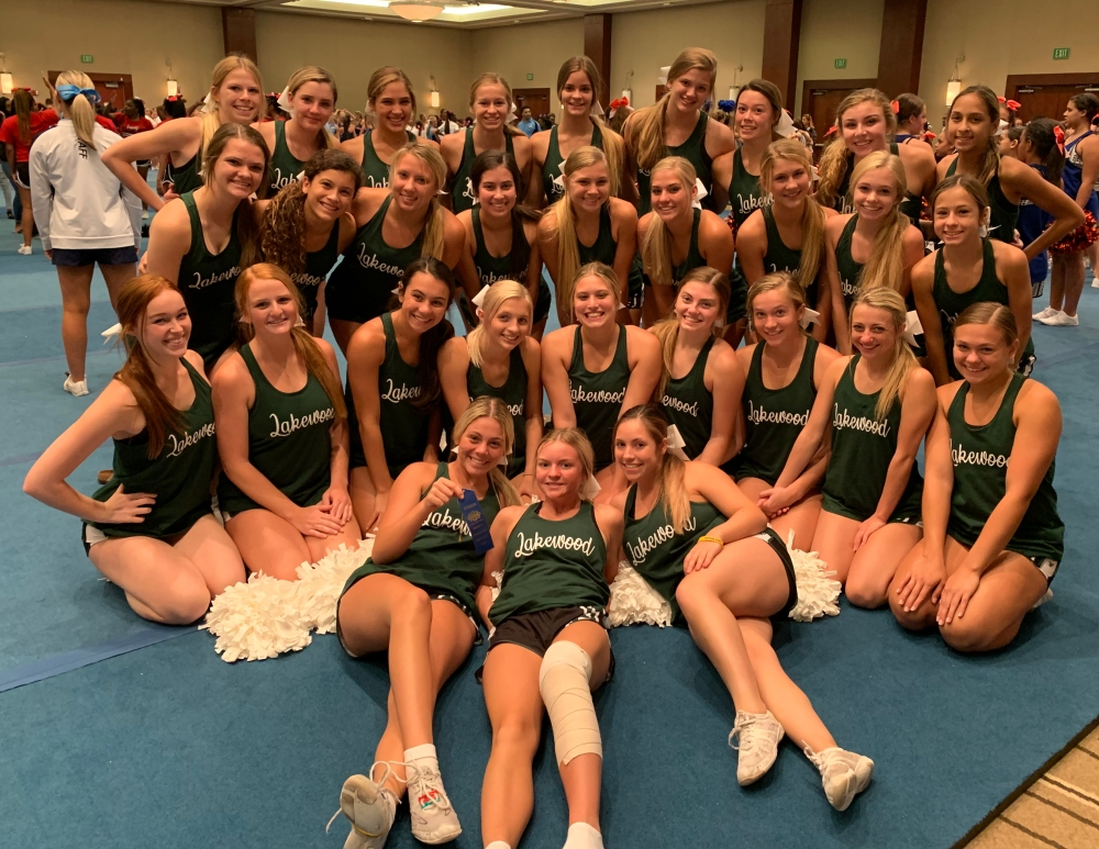 cheerleaders at camp 2019